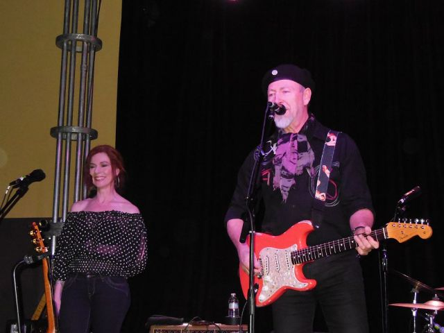 Richard Thompson with Siobhan- RESIZE