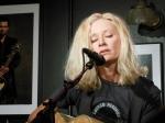 Shelby Lynne Bluebird Cafe      9-27-12