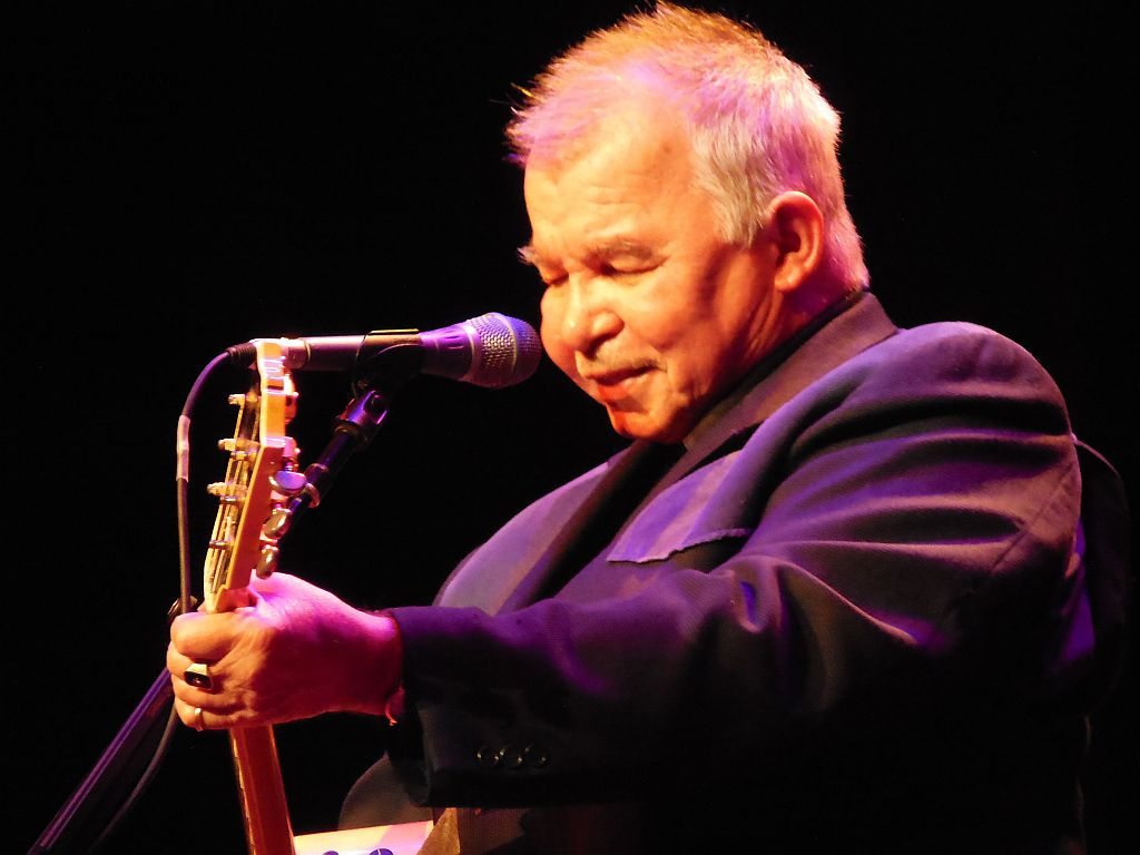 john prine ryman auditorium nashville tn october 26 2013 music city mike. Black Bedroom Furniture Sets. Home Design Ideas
